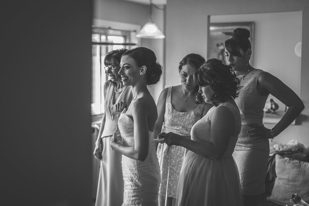 motifhotel_seattle_tacoma_pnw_photographer_wedding_photographer_weddingphotography_modernweddings_beautifulbride_seattlebride_bellevuebride_pnwbride_washington_hawaiianweddings-16.jpg