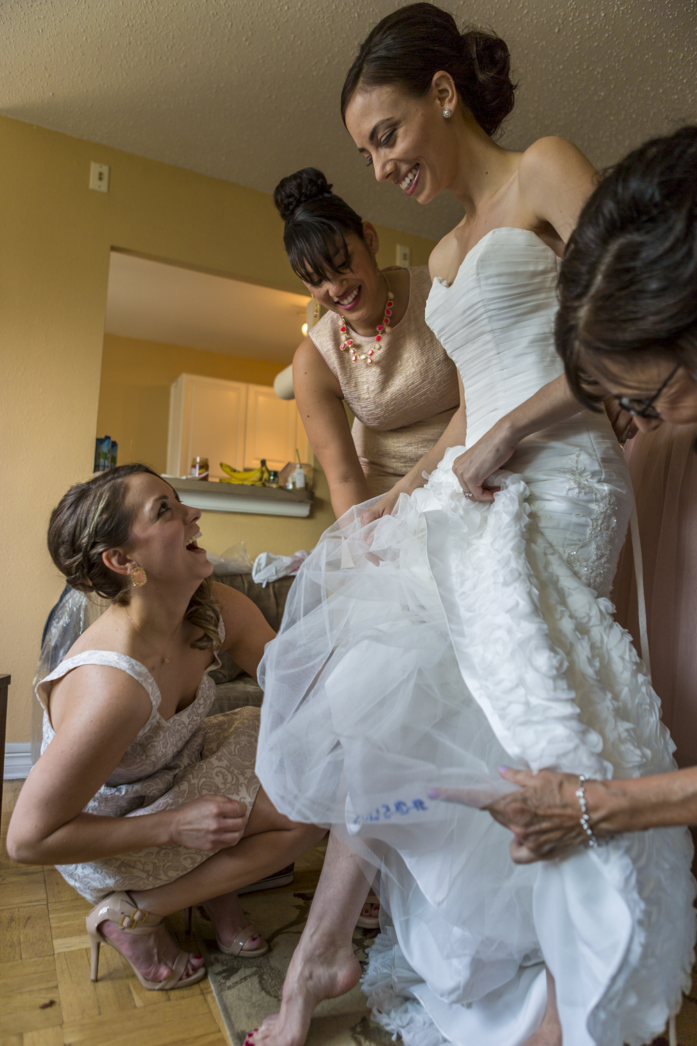 motifhotel_seattle_tacoma_pnw_photographer_wedding_photographer_weddingphotography_modernweddings_beautifulbride_seattlebride_bellevuebride_pnwbride_washington_hawaiianweddings-17.jpg