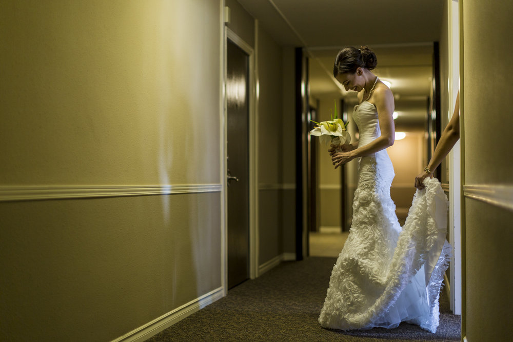 motifhotel_seattle_tacoma_pnw_photographer_wedding_photographer_weddingphotography_modernweddings_beautifulbride_seattlebride_bellevuebride_pnwbride_washington_hawaiianweddings-20.jpg