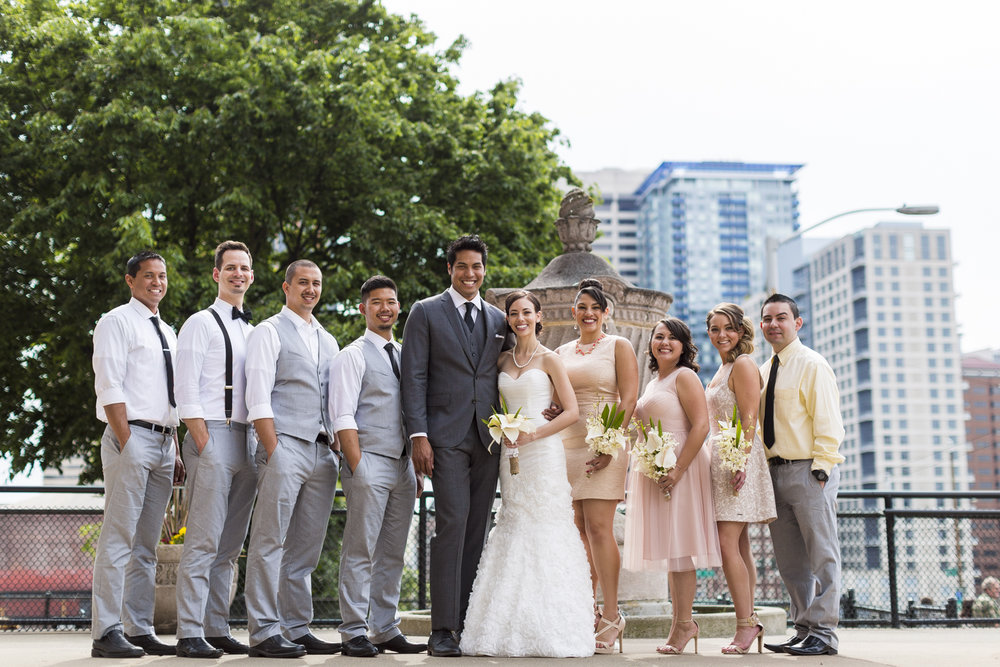 motifhotel_seattle_tacoma_pnw_photographer_wedding_photographer_weddingphotography_modernweddings_beautifulbride_seattlebride_bellevuebride_pnwbride_washington_hawaiianweddings-39.jpg