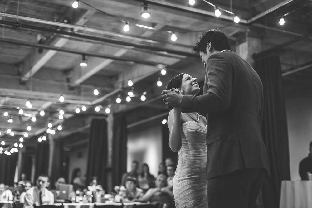 motifhotel_seattle_tacoma_pnw_photographer_wedding_photographer_weddingphotography_modernweddings_beautifulbride_seattlebride_bellevuebride_pnwbride_washington_hawaiianweddings-50.jpg