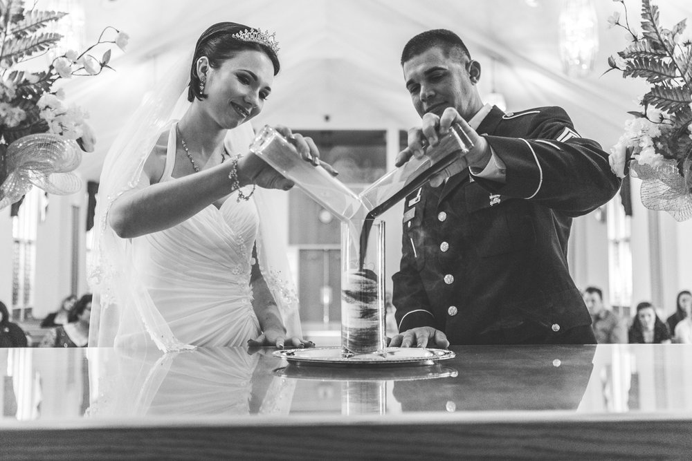 seattle_pnw_photographer_wedding_photographer_weddingphotography_modernweddings_beautifulbride_seattlebride_bellevuebride_pnwbride_washington_tacoma_militaryweddings_jblm_jointbase-20.jpg