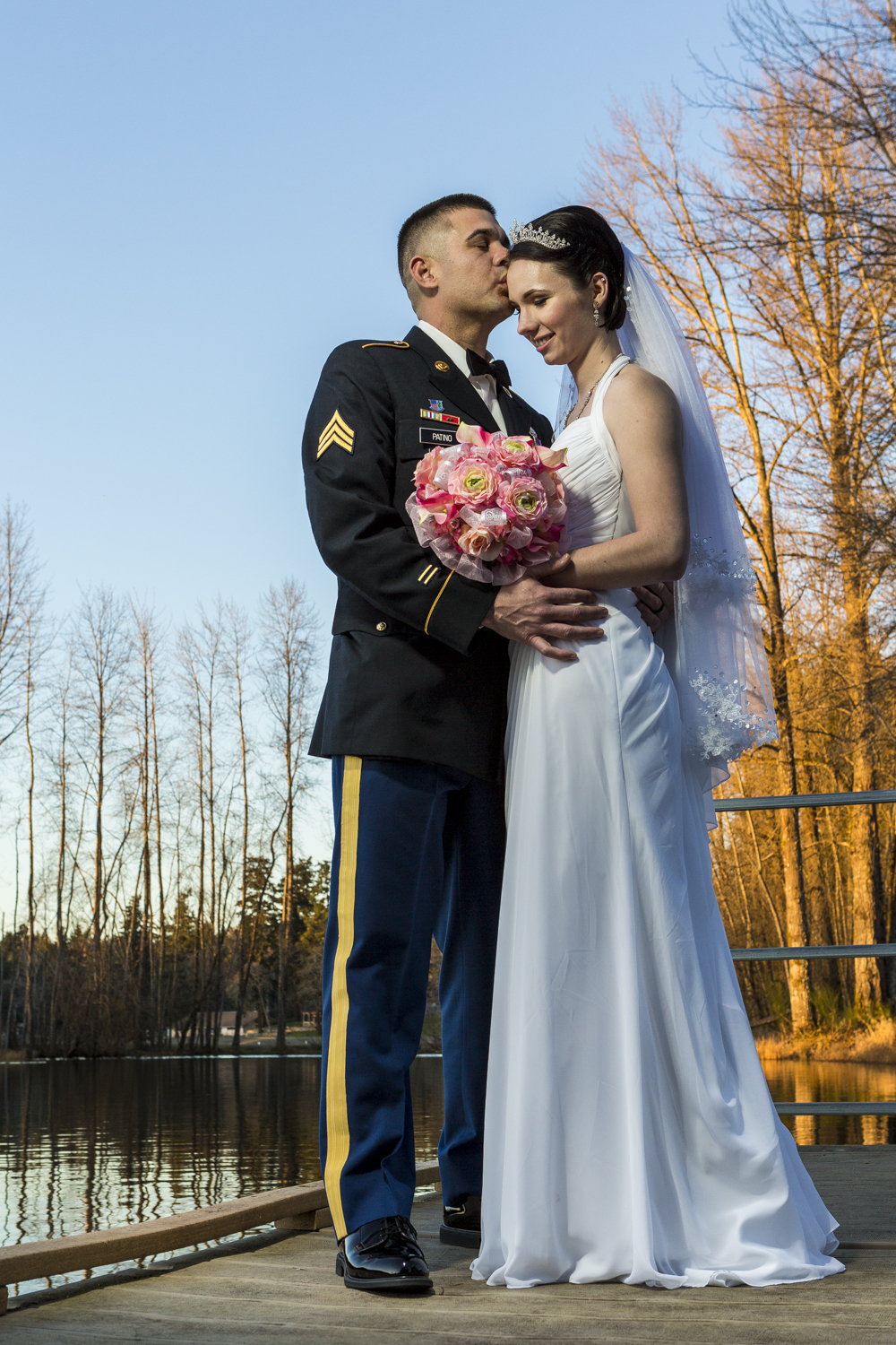 seattle_pnw_photographer_wedding_photographer_weddingphotography_modernweddings_beautifulbride_seattlebride_bellevuebride_pnwbride_washington_tacoma_militaryweddings_jblm_jointbase-34.jpg