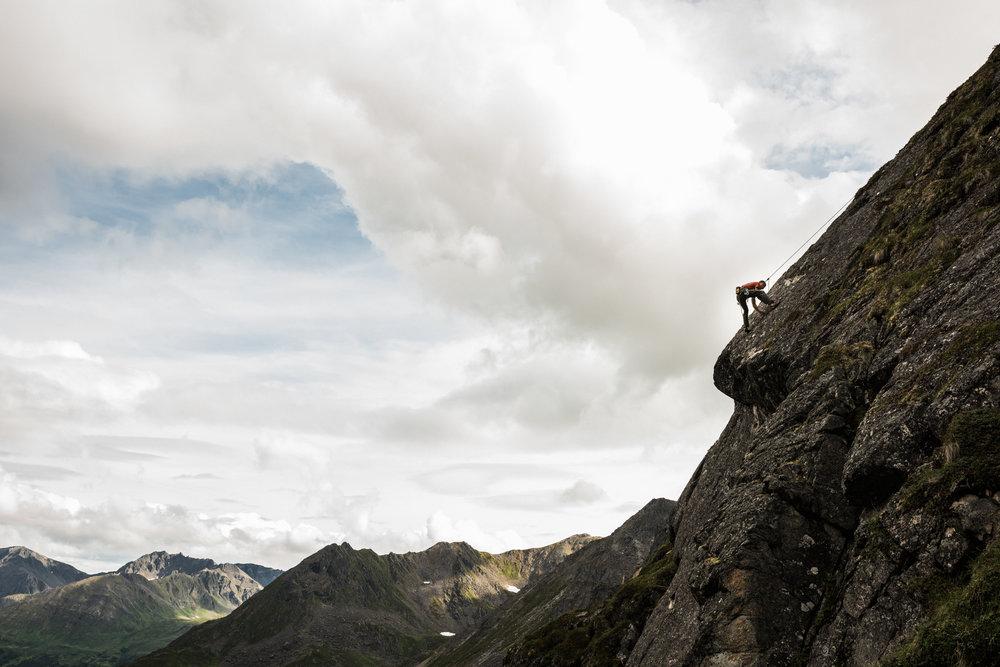 TaraShupe_Photography_Alaska_RockClimbing_HatchersPass_Travel_Photographer_Women_Adventure_058.jpg