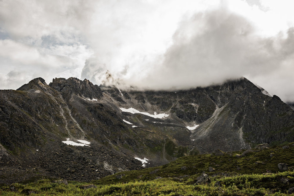 TaraShupe_Photography_Alaska_RockClimbing_HatchersPass_Travel_Photographer_Women_Adventure_059.jpg
