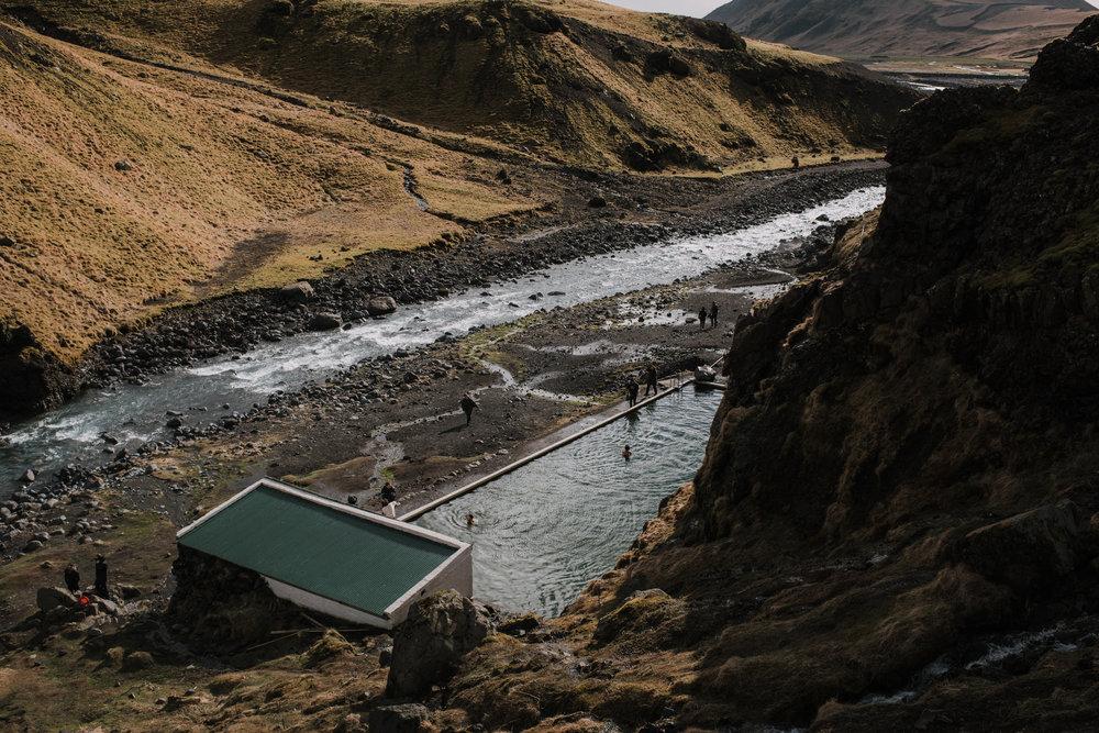 ICELAND_WOMAN_PHOTOGRAPHER_TARASHUPE_OUTDOOR_PHOTOGRAPHY_028.jpg