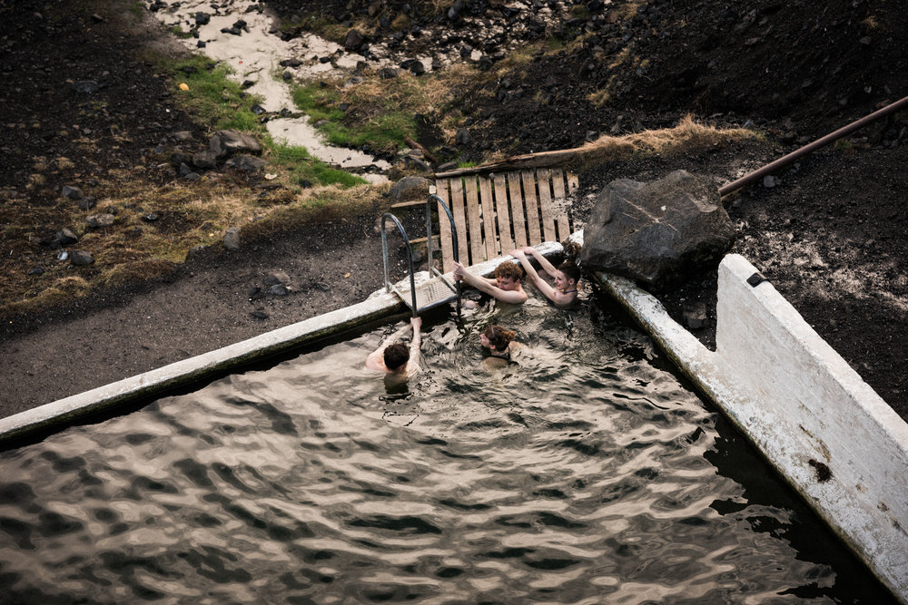 ICELAND_WOMAN_PHOTOGRAPHER_TARASHUPE_OUTDOOR_PHOTOGRAPHY_036.jpg