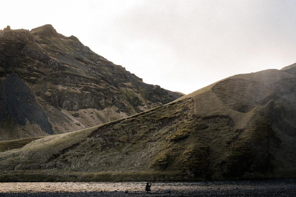 ICELAND_WOMAN_PHOTOGRAPHER_TARASHUPE_OUTDOOR_PHOTOGRAPHY_047.jpg