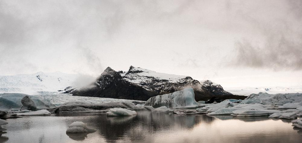 ICELAND_WOMAN_PHOTOGRAPHER_TARASHUPE_OUTDOOR_PHOTOGRAPHY_077.jpg