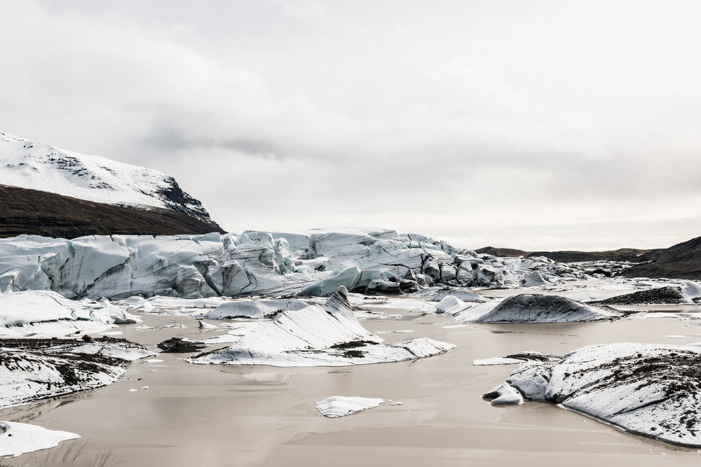 ICELAND_WOMAN_PHOTOGRAPHER_TARASHUPE_OUTDOOR_PHOTOGRAPHY_110.jpg
