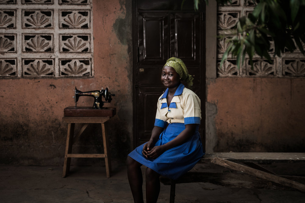 TaraShupe_HumanitarianPhotographer_Woman_Photographer_National_Geographic_Ghana_Women_068.jpg