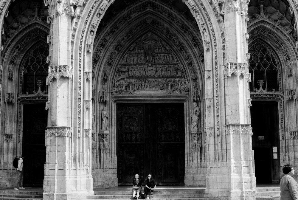 TaraShupe_NormandyFrance_MinoltaFilm_Vintage_005.jpg