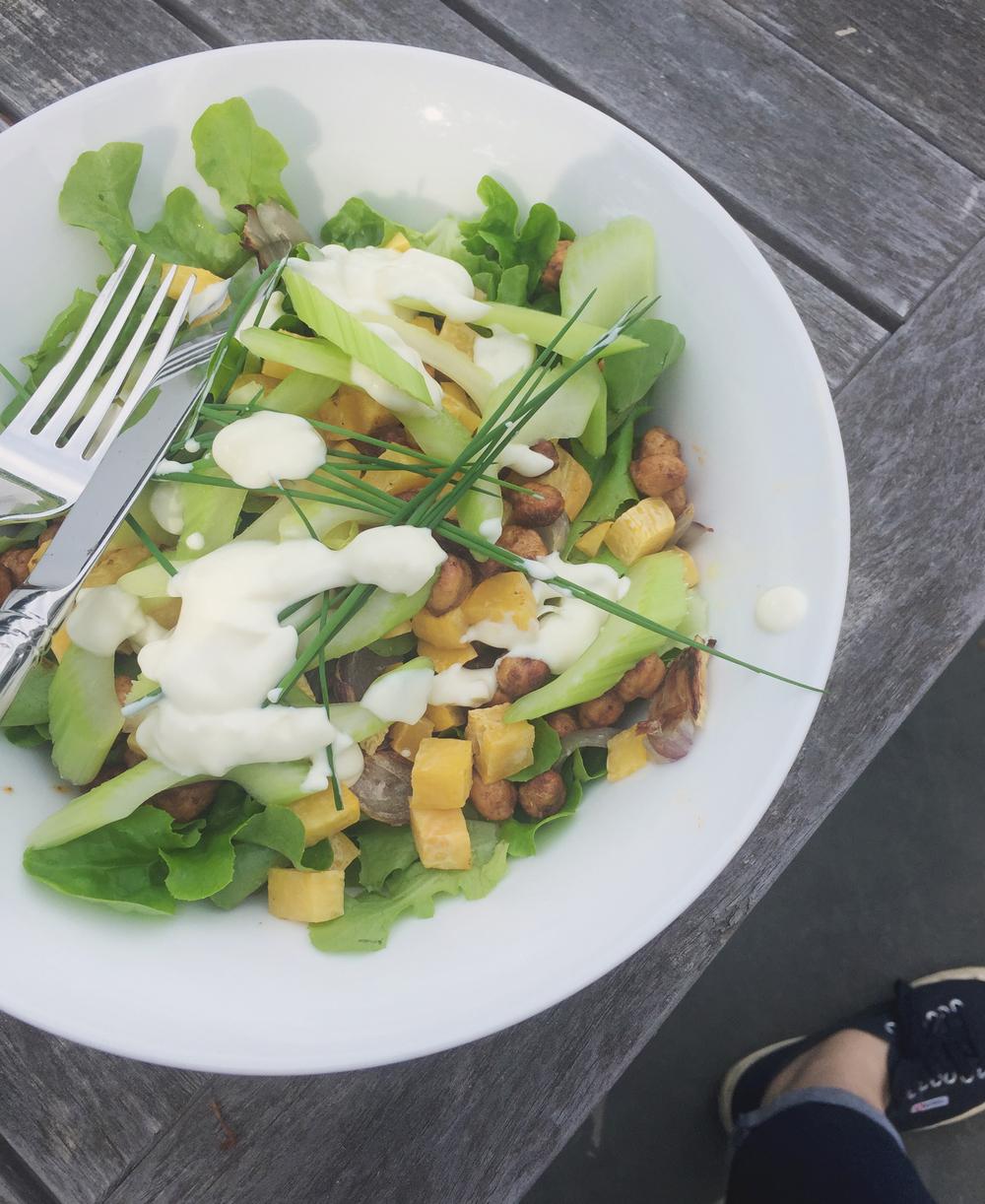 Summerfield Delight | Market Salad with Roasted Chickpeas