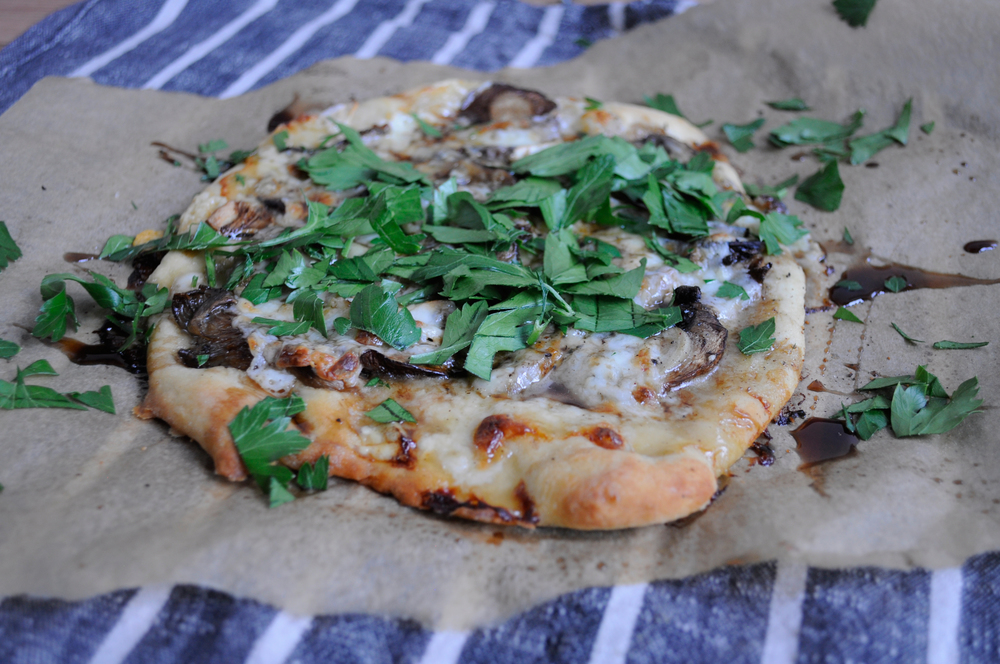White Pizza with Mushrooms and Garlic