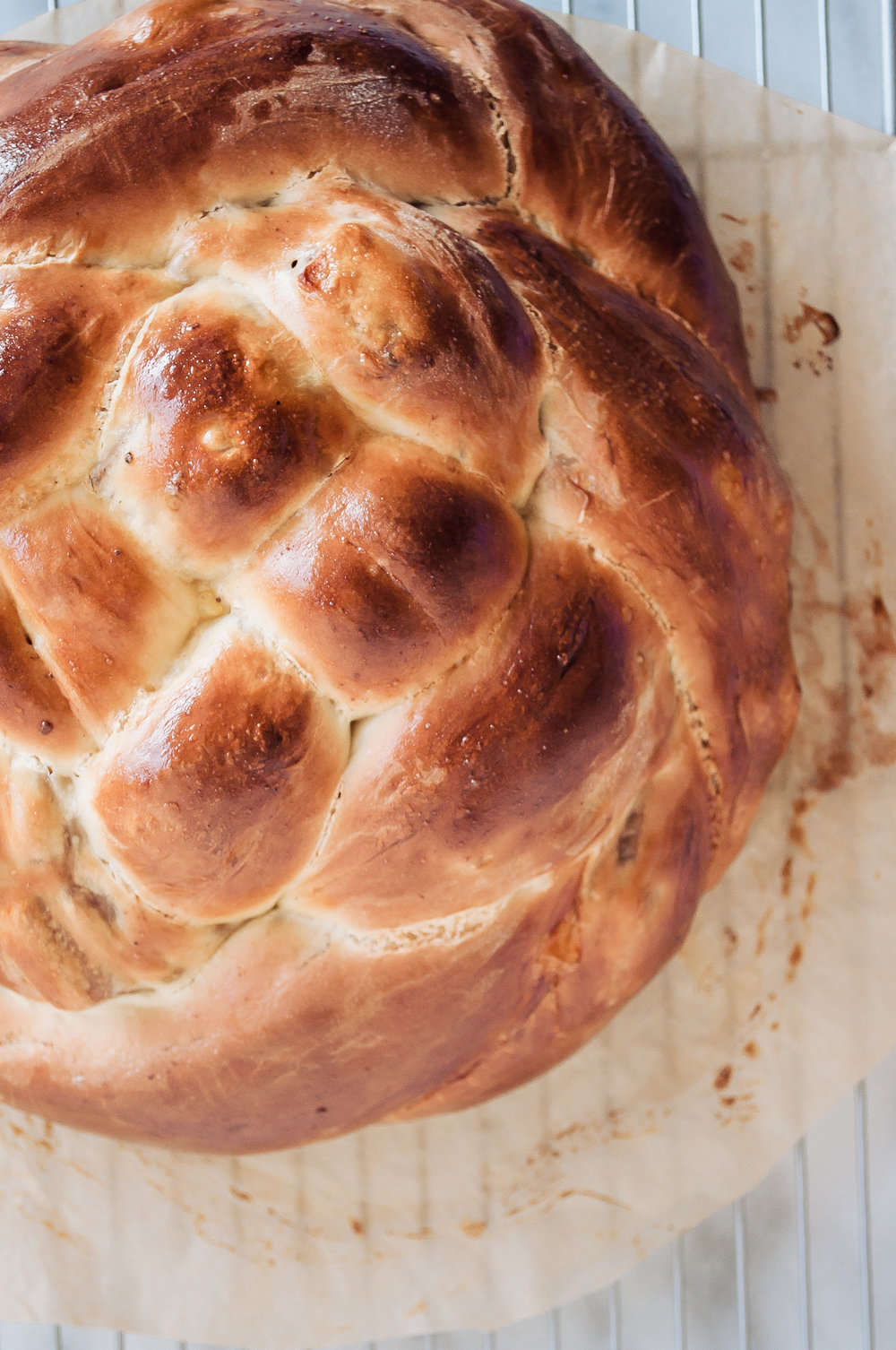 Summerfield Delight | Molly Yeh Challah with Apple Pie Filling