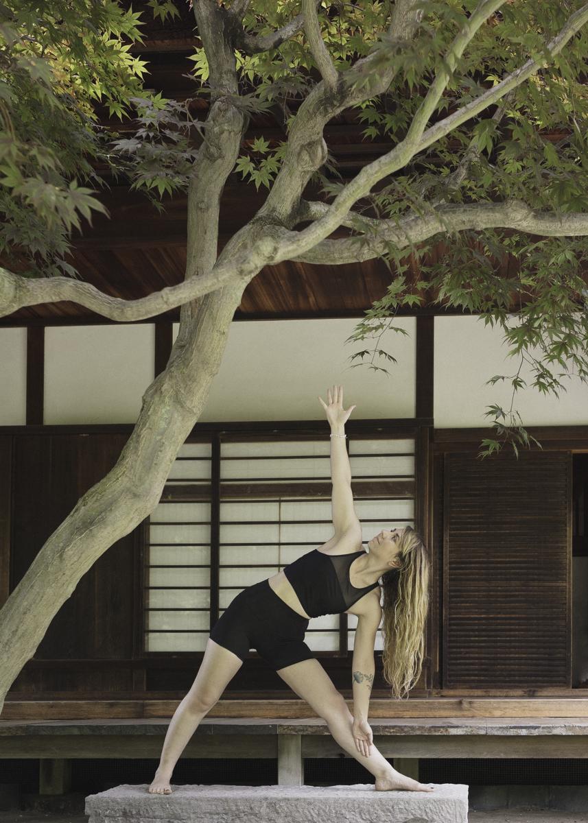 lc-yoga-04.jpg