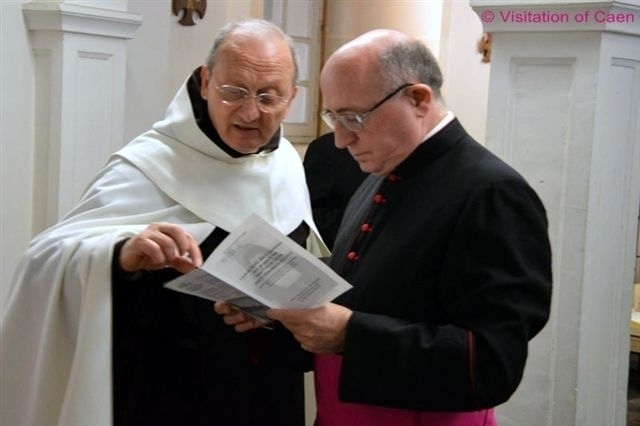 Father Sangalli, Postulator of Leonie Martin's cause, with Msgr Ennio Apeciti of the historical commission at the exhumation of Leonie's body, April 25, 2015.