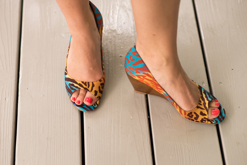 multicolored-leopard-bridesmaid-shoes