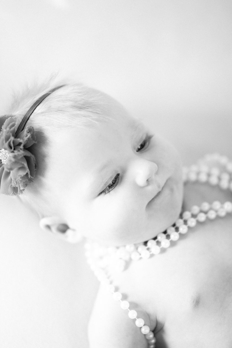 baby-pictures-pearls-headband