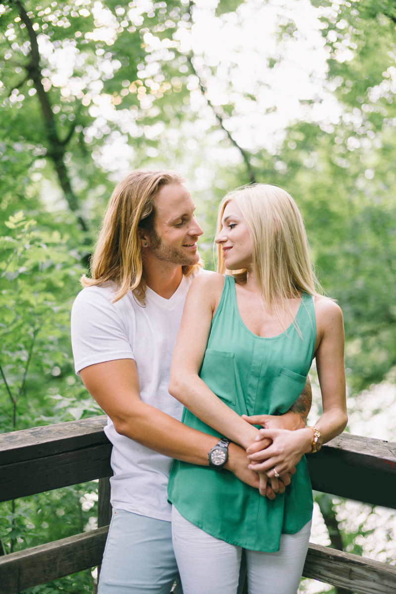 minneapolis engagement photos in the woods