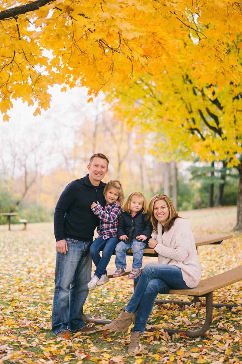 fall family lifestyle pictures minneapolis minnesota