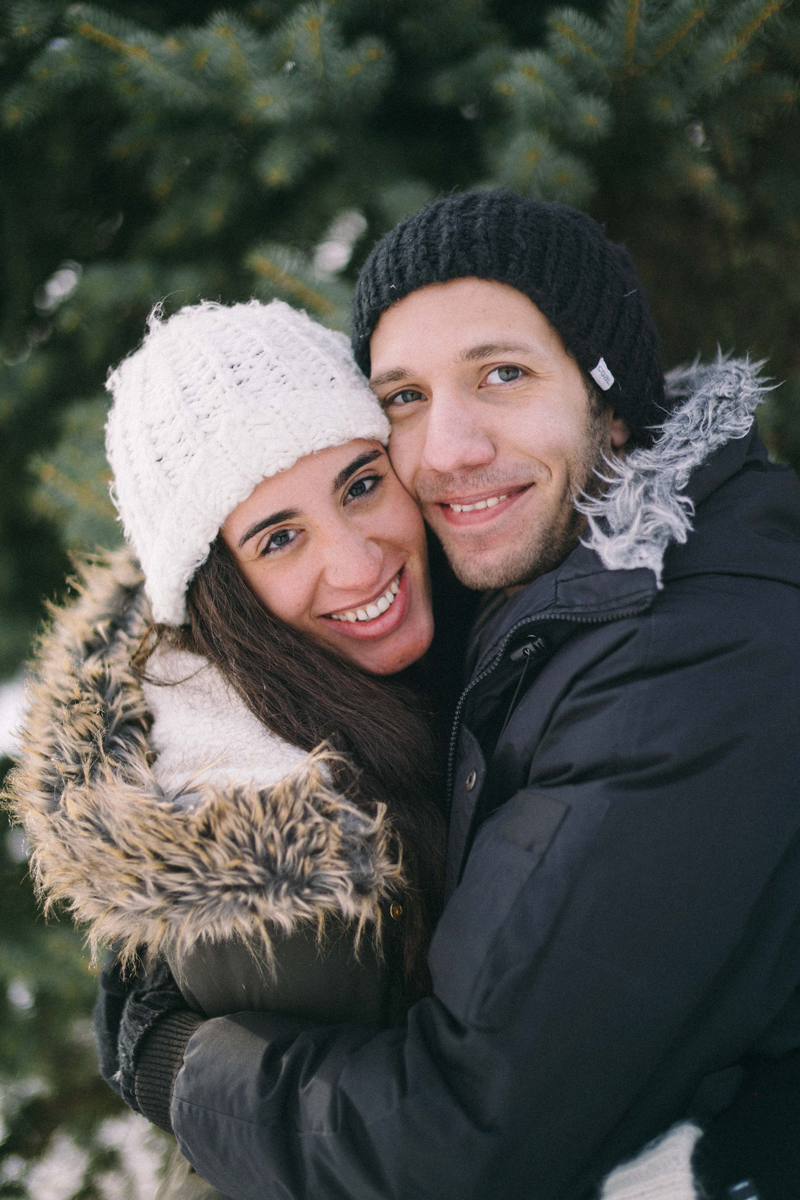 winter engagement photography in minneapolis