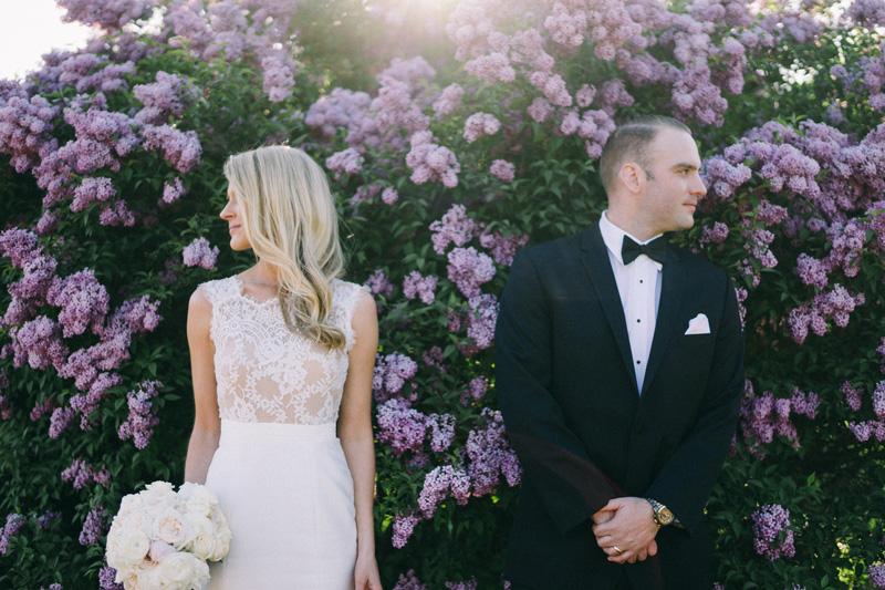wedding photos of bride and groom at Lake Harriet Rose Garden