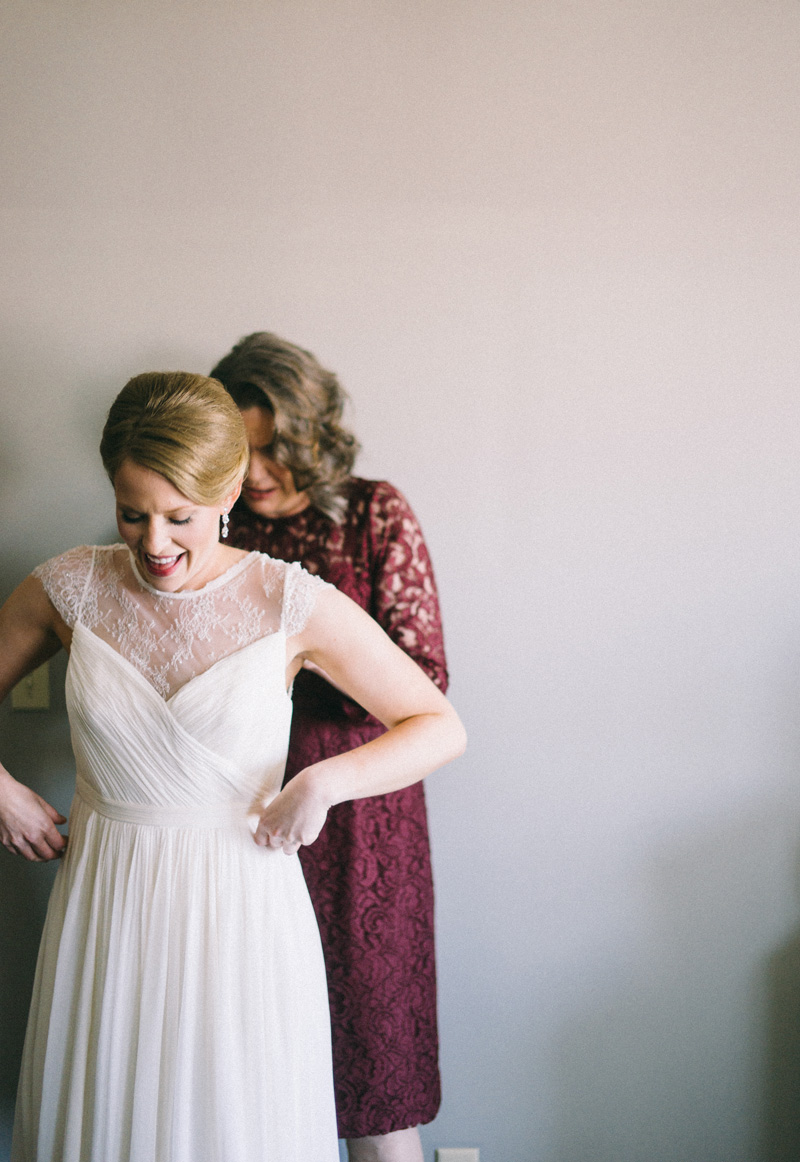 bride getting ready for American Swedish Institute wedding Minneapolis