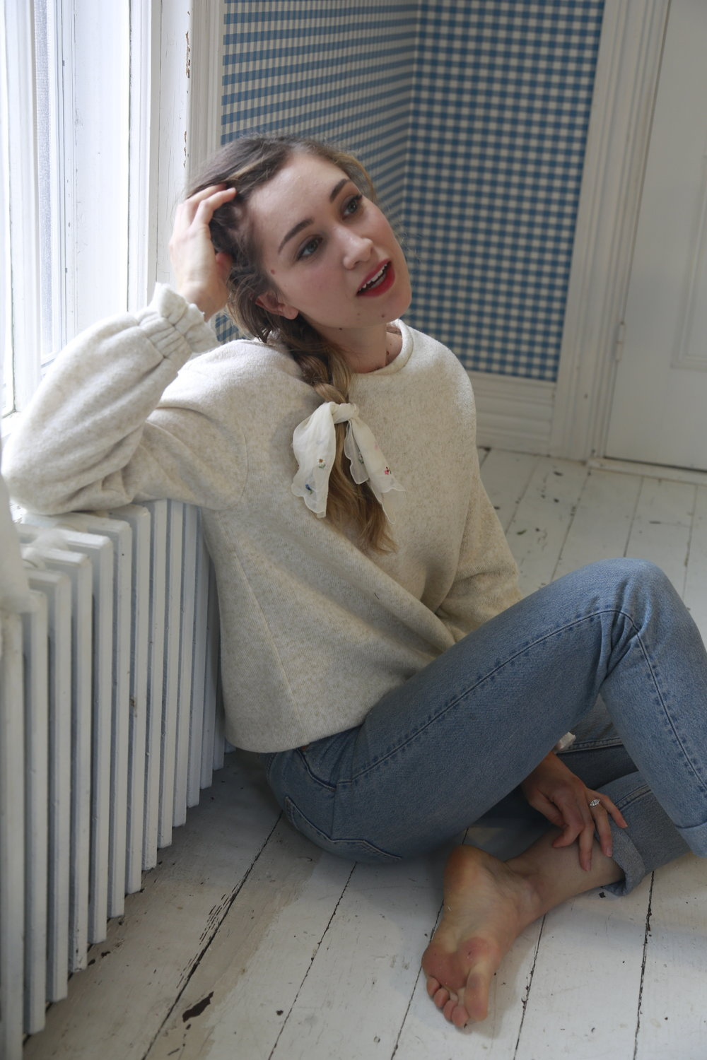 girly-oatmeal-sweatshirt.JPG