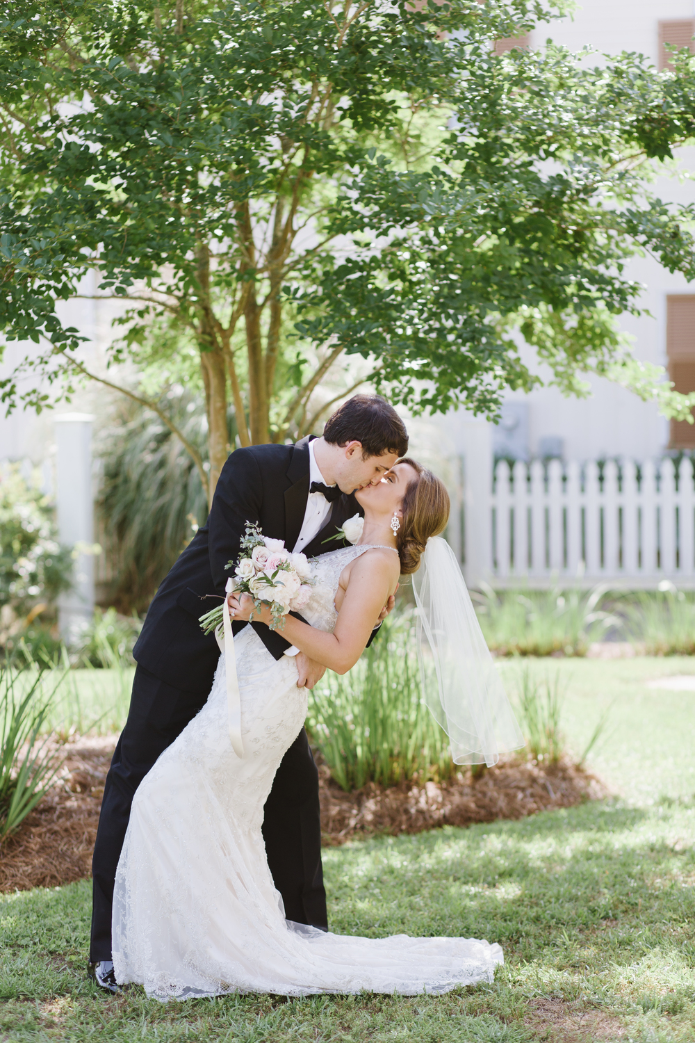 Ashleigh and Drew | Fairhope Wedding | Victoria Austin Designs | Dragonfly Photography