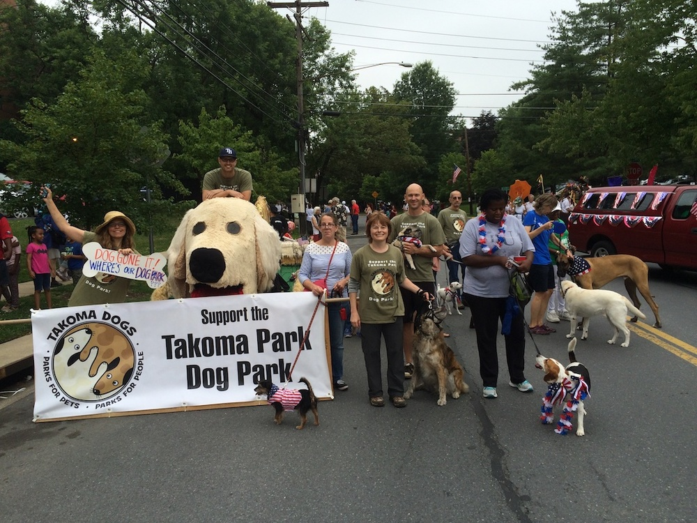 This year's TakomaDogs' float and the awesome crew of volunteers!