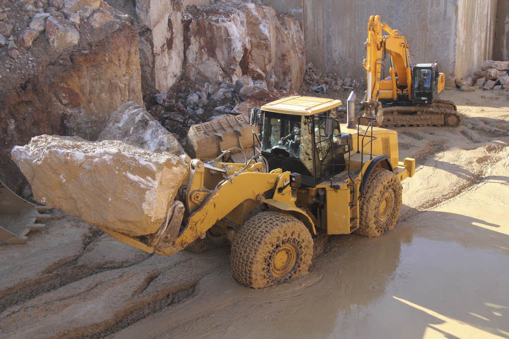 mining-equipment-wes-lee.jpg