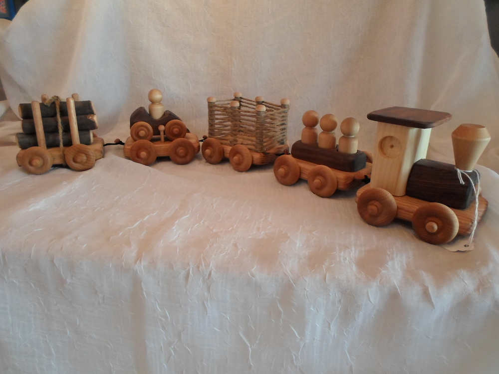 5 Piece Wooden Train - Handmade in Hudson Valley $79.95 Wants 1