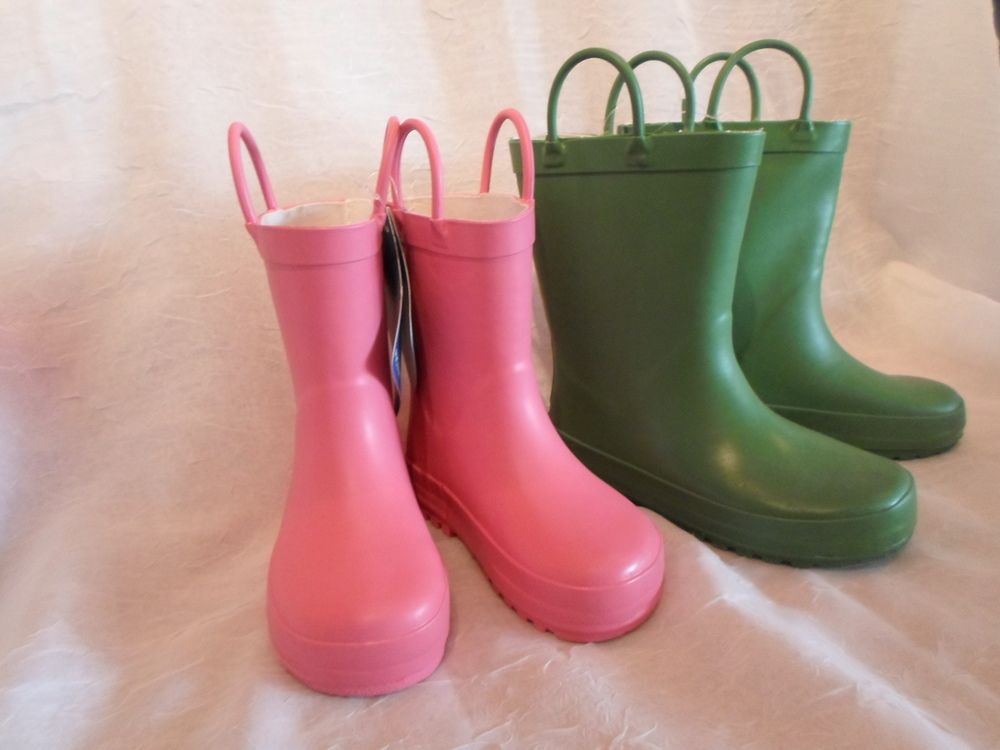 Rain Boots- size 6 $29 Wants 1