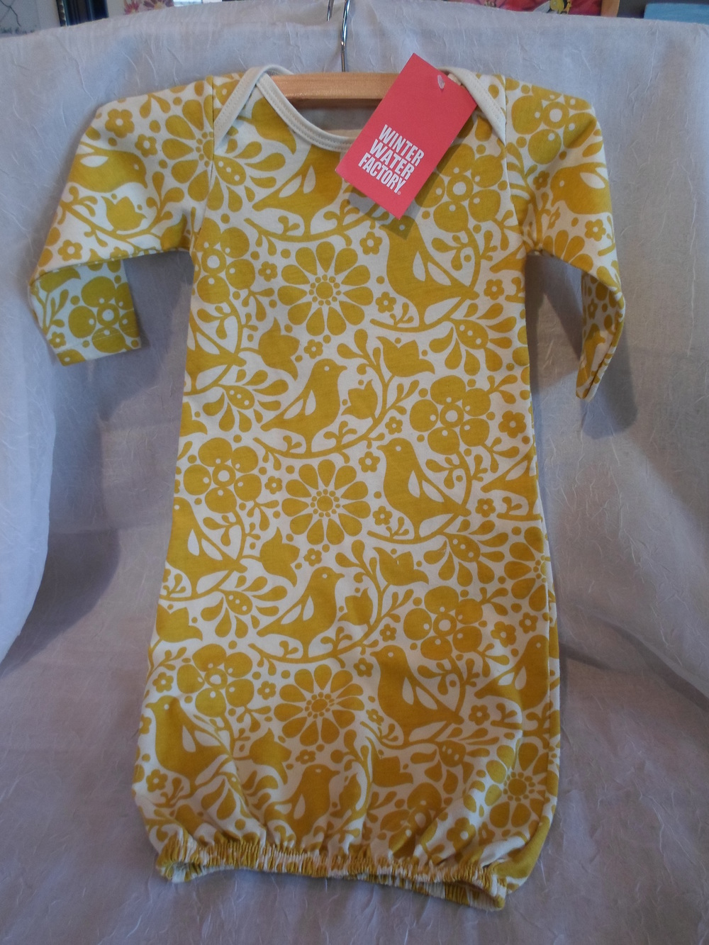 Winter Water Factory Organic Baby Gown in Yellow Birds size 3m $36.95 Wants 1