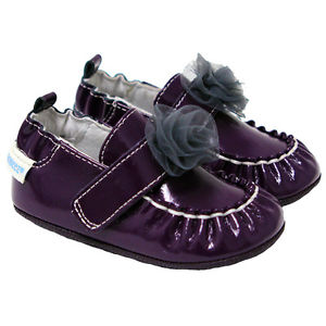 Robeez Fancy Nancy Shoes 12-18m in plum    $34.00    Wants 1  purchased
