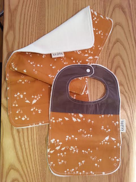 Kribbe Organic Bib & Burp set -Locally handmade $27.00 Wants 1