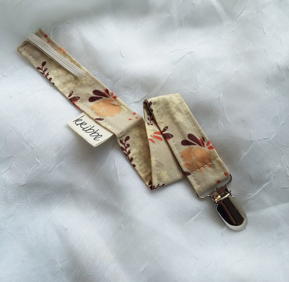 Kribbe Organic Cotton Pacifier Clip  - Locally Handmade   $9.00    Wants 1  purchased