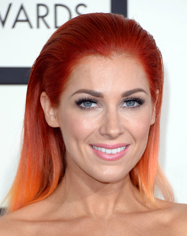 Bonnie McKee, 56th Grammy's Red Carpet