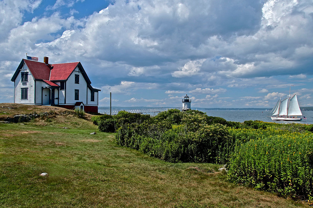08-august-ram  island light.jpg