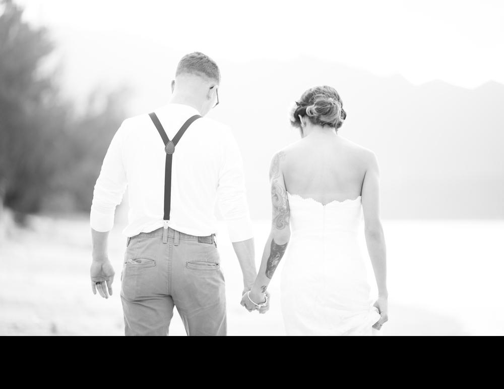 walking-on-the-beach-wedding