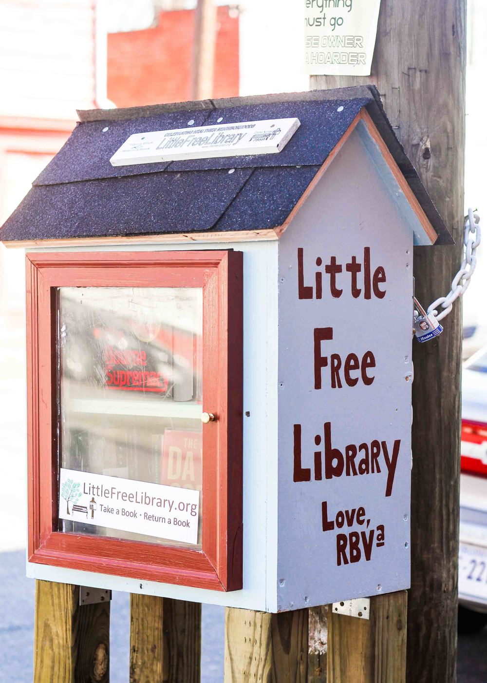 It's nice to see these Little Free Libraries popping up around the city.