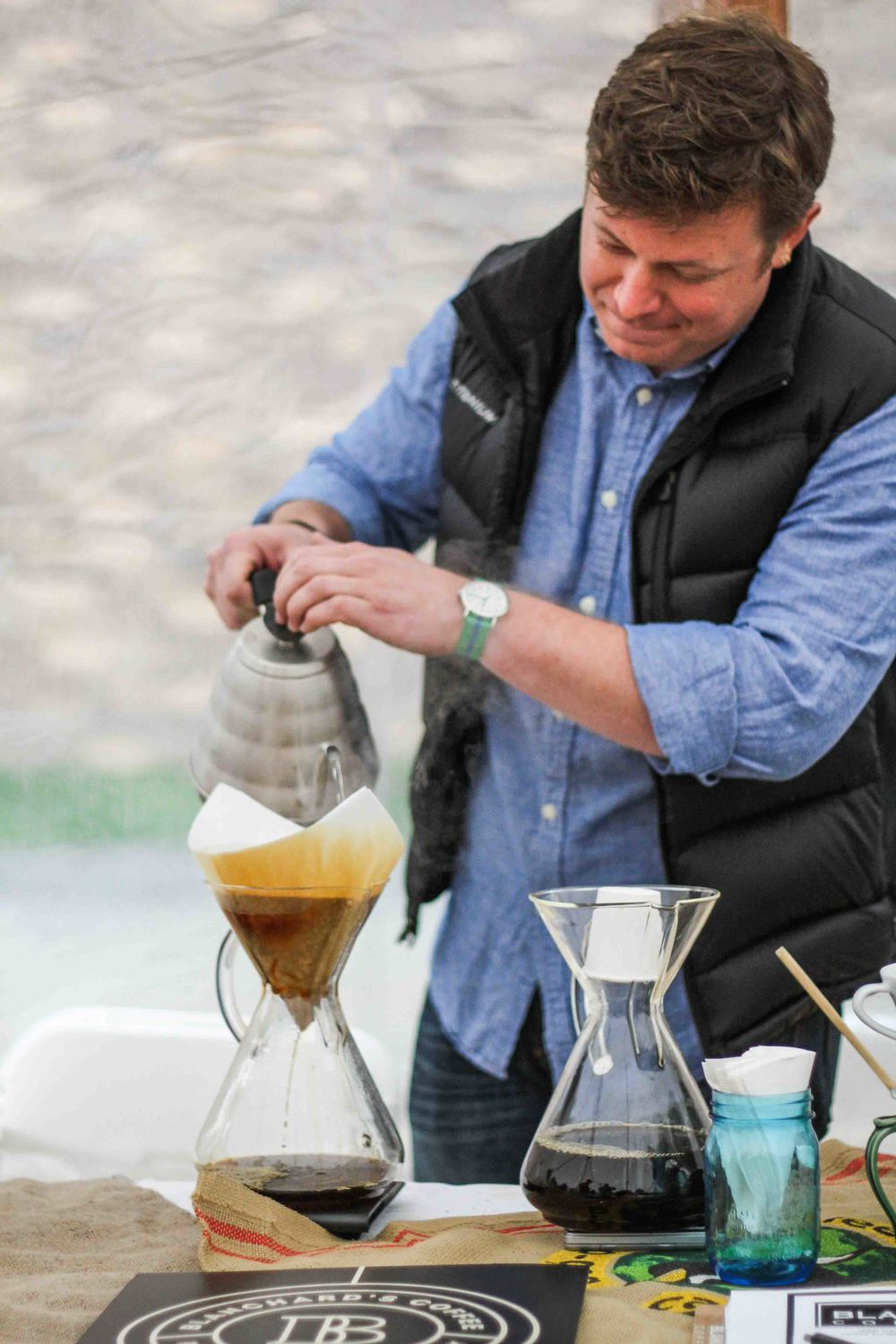A Blanchard's coffee pour in action