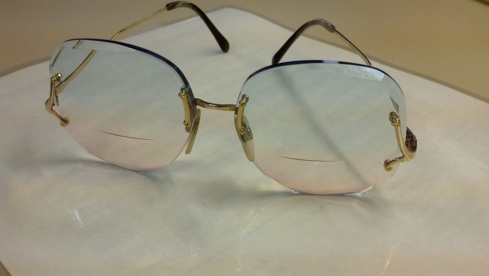 This past week I had the pleasure of final inspecting these Vintage pair of Specs. The Optician who sold these shared stories of yesteryear when he would bevel each lens by hand, using a machine called the Lá Faceturé. What an art! When was the last time you sold a double gradient tint?    SELECT   to learn more about Sandy Brubaker (Wisconsin).   VIEW   Sandy's entire blog.