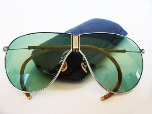 (U.S. Army Air Corp. D-1 sunglasses made by American Optical in 1935.  Via The Eyewear Blog)