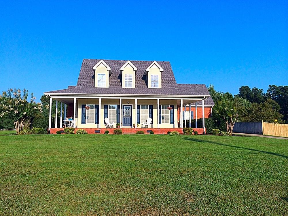 103 TERRY LANE COTTONTOWN, TN