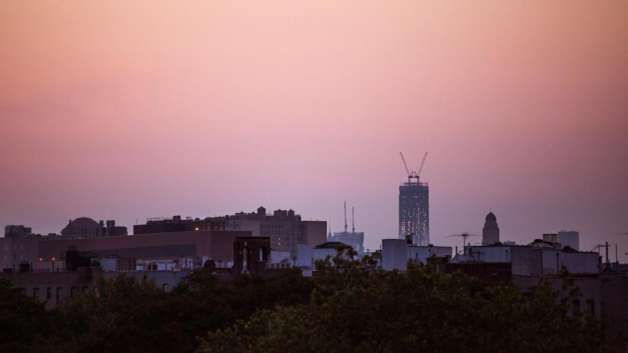 {1 WTC} Seen from five miles out, in Prospect Lefferts Gardens, Brooklyn.