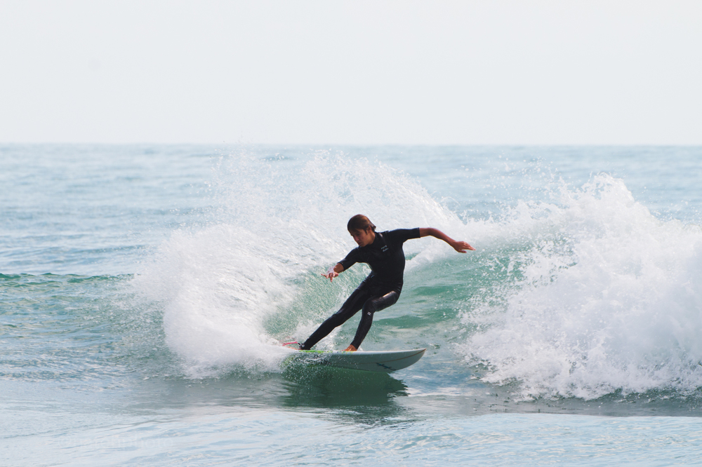 Chase Modelski reminds me of Chauncey Robinson. I'm seeing a lot of similarities in the way these guys surf.
