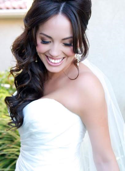 Best on location wedding Hairstylist. Bridal Hair in San Diego, Temecula, Fallbrook, Carlsbad and Orange County. Wedding Hairstyle and bridal hairstyles. The Posh Parlour is a full-service hair salon offering on location bridal hair styling and hair extensions. Stephanie is a top wedding hairstylist southern California. Wedding hair photos. Pictures of perfect bridal hairstyles. Couture bridal hair. Bridal updos and curled wedding hair. Bridesmaids Hairstyles. Traveling and destination wedding hairstylist in north county San Diego, Oceanside, Carlsbad, Encinitas , Del Mar, La Jolla, and San Clemente. specializing in Boho, Glamorous, tousled, soft curls, updos, braided, sexy, classic, messy, voluminous, beautiful, stunning, pretty, long hair, braids, gorgeous hairstyles for brides and bridal party. Styling for rustic, glam, luxe, shabby chic, vintage, and bohemian events.