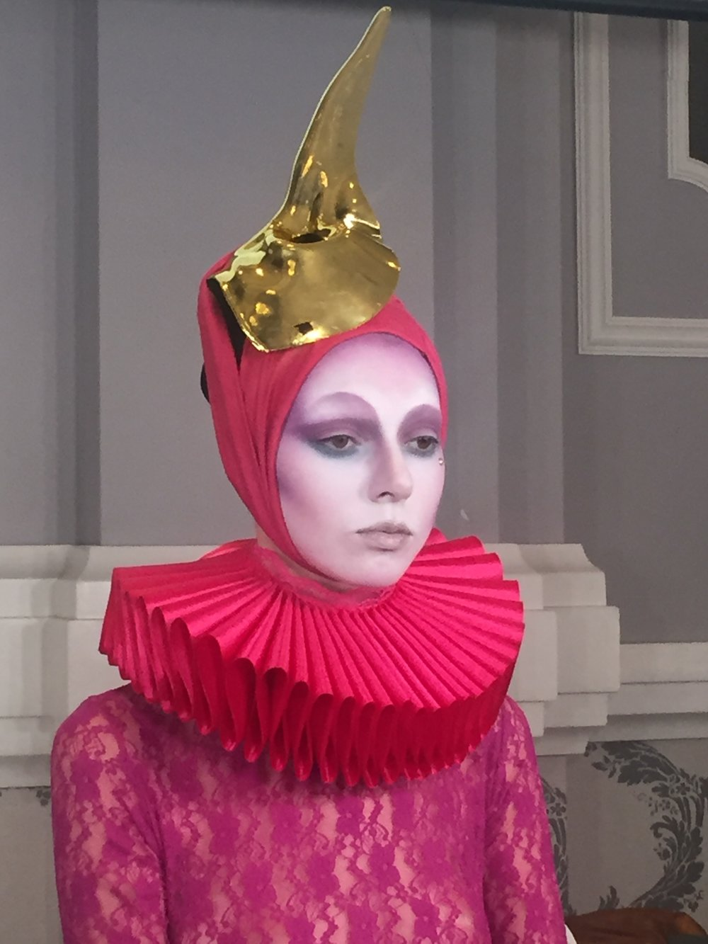 One of the three Roshar avant-garde looks he did